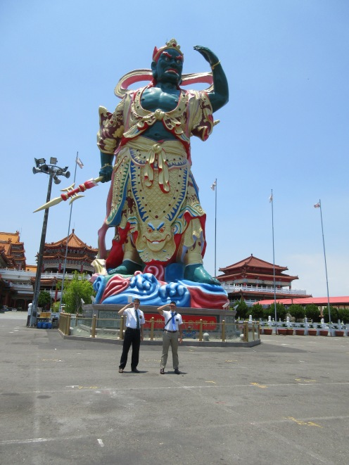 Giant Buddhist statue that local beliefs say can see for 1000 kilometers